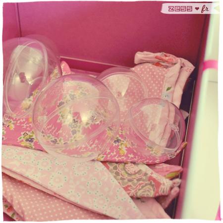 décoration chambre bébé fille vintage rétro guirlande fanion fleuri