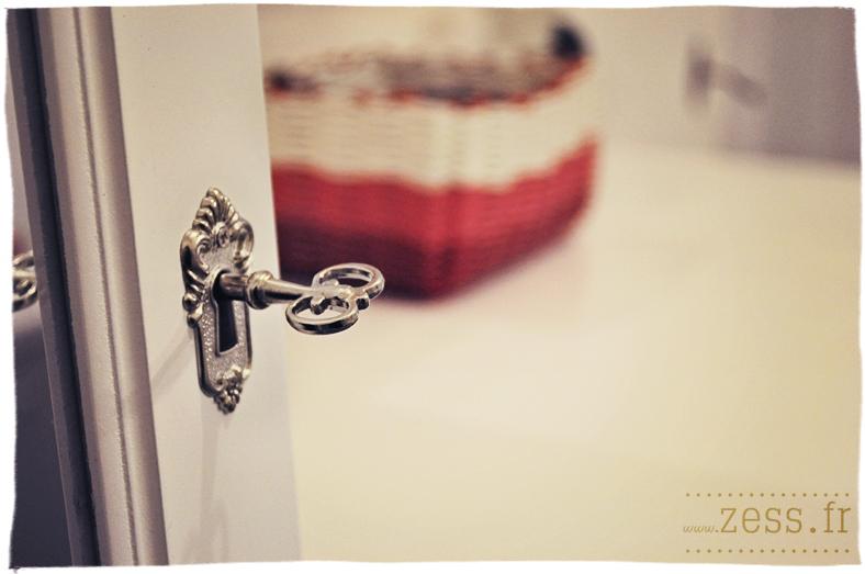 concours un miroir coffre bijoux gagner lifestyle mode d co maman diy. Black Bedroom Furniture Sets. Home Design Ideas